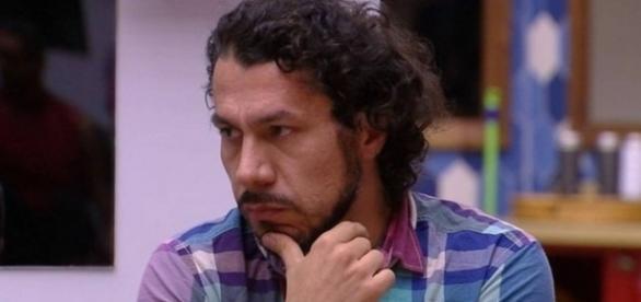 Rômulo deve ser eliminado com mais de 60% dos votos (Foto: TV Globo)