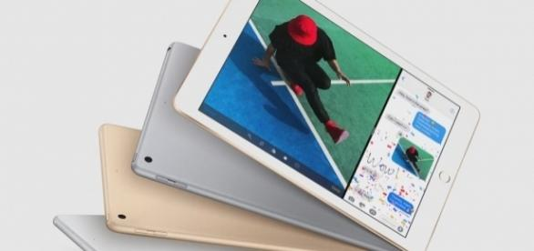 The new 9.7-inch iPad, via Youtube, EverythingApplePro channel, https://www.youtube.com/watch?v=hpaEFBtjxvk