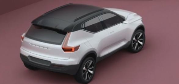 2018 New Volvo XC40.2 via Youtube, STESCIOCAR channel https://www.youtube.com/watch?v=Ezwb_yDryhs