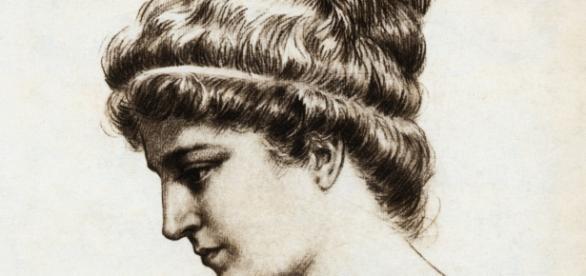 Hypatia de Alexandria - http://www.missedinhistory.com/podcasts/hypatia-of-alexandria.htm