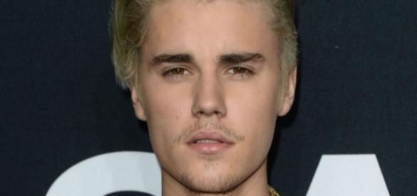 Justin Bieber surpreendeu novamente os seus fãs