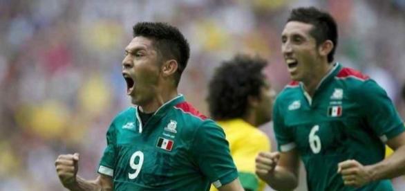 Oribe Peralta busca los tres puntos contra Costa Rica