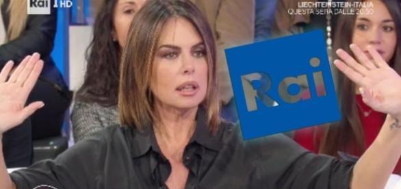 Paola Perego durante la conduzione di Parliamone sabato