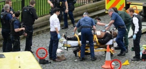 Paramédicos levaram o alegado terrorista