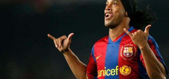 Ronaldinho regresa al FC Barcelona - lopezdoriga.com
