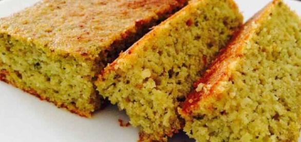 Torta soffice di riso e zucchine, la ricetta