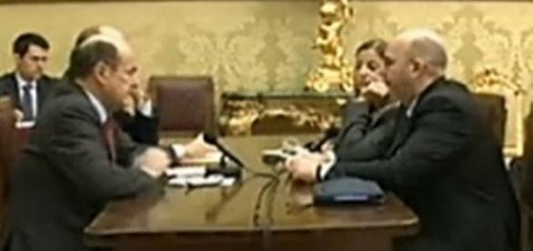 Un'immagine della diretta streaming dell'incontro tra Bersani e il M5S del 2013