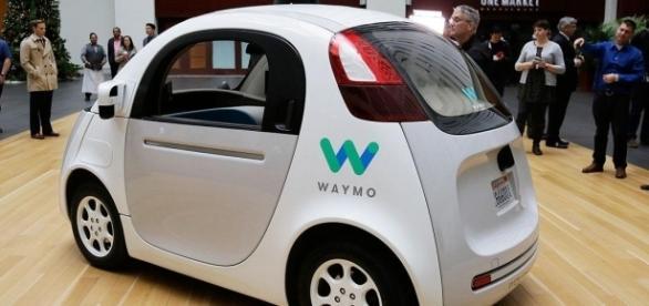 Carro autônomo da Waymo.(Via mbtmag.com)