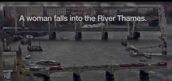 Mujer cae al Río Támesis tras atentado en Londres | Televisa News - televisa.com