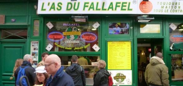 L'As du Fallafel - Best falafel in Paris. 45 Rue des Rosiers ... - pinterest.com