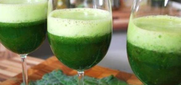 Veja como fazer um suco para curar a ressaca