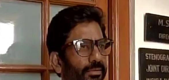 Ravindra Gaikwad: Shiv Sena MP Ravindra Gaikwad beats AI staffer ... - indiatimes.com