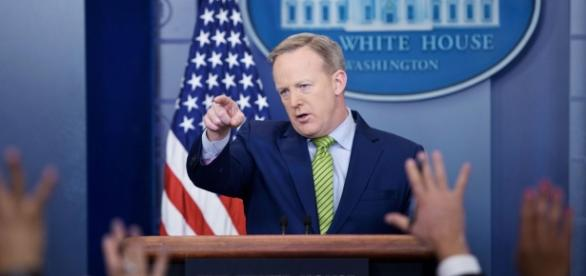 Spicer Falsely Claims Iran Bombing of U.S. Navy Ship - nymag.com