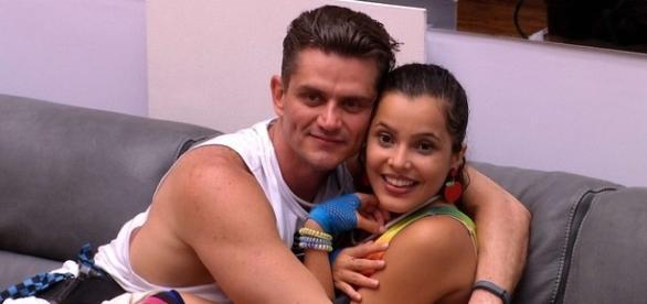 BBB17! Emilly e Marcos, o casal desfeito?