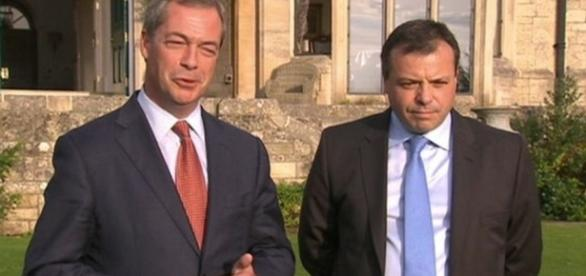 Ex-Tory donor Arron Banks gives £1m to UKIP - BBC News - bbc.com