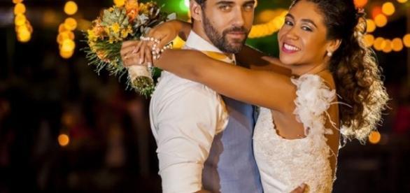 Rafael Sardão e Karen Motta no casamento. Foto: Hernani Barroca/Divulgação