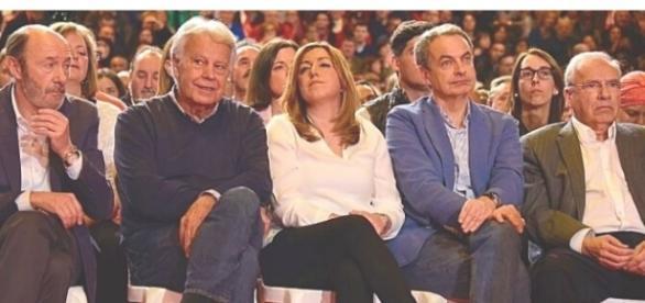 La imagen de Susana Díaz y el resto de ex presidentes