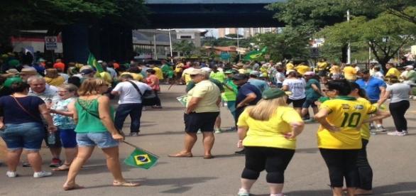 Protestos esvaziados foram observados em cidades brasileiras neste domingo