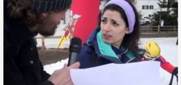 Virginia Raggi risponde alle domande sulle firme false