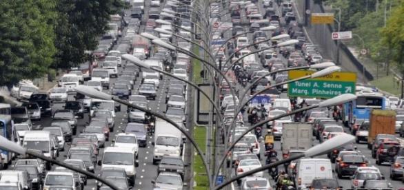 México DF es la ciudad más atascada del mundo y Barcelona de ... - soymotor.com