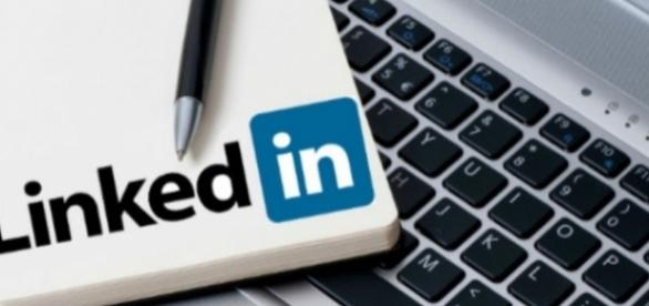 6 LinkedIn Marketing Strategies Business Owners Must ... - freemansocialmedia.com
