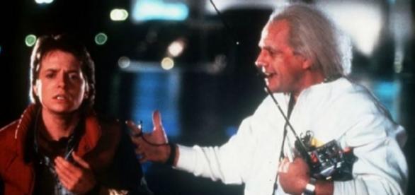 Christopher Lloyd contracenando com Michael J. Fox