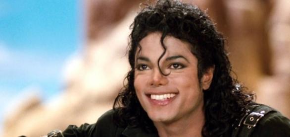 Michael Jackson ficou conhecido como o Rei da música pop