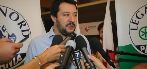 Elezioni: Salvini ufficializza la sua candidatura a Premier.
