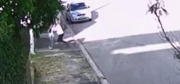Câmera registrou momento do ataque