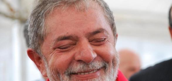 Lula está sorrindo a toa nas pesquisas presidenciais