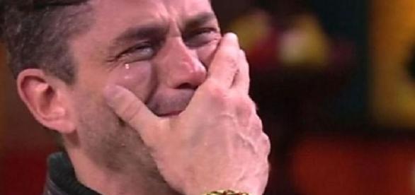 Marcos briga com Boninho e diz que vai sair da casa. Resultado é inacreditável