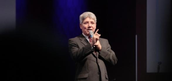 Pastor é um dos mais respeitados do Brasil