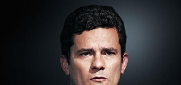 Sérgio Moro repudia projeto defendido por Renan Calheiros