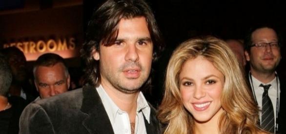 Shakira foi abandonada pelo antigo namorado Antonio de La Rua