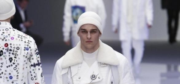 Versace Men's FW16 Fashion Show