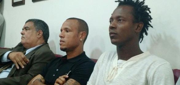 Luís Fabiano acompanha julgamento ao lado de Andrezinho