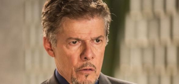Zé Mayer pede desculpas por assédio contra figurinistas da Globo