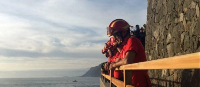 Dos muertos y dos desaparecidos en Tenerife por un golpe de mar