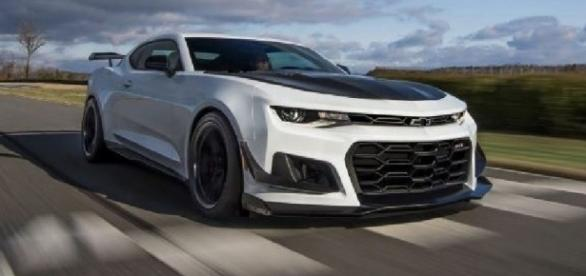 2018 Chevrolet Camaro ZL1 1LE, Photo Credit GM Authority, http://gmauthority.com/blog/gm/chevrolet/camaro/2018