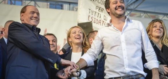 Sondaggi: Berlusconi, Salvini e Meloni, insieme si vince