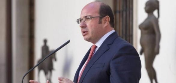 El presidente Sánchez realizando una declaración