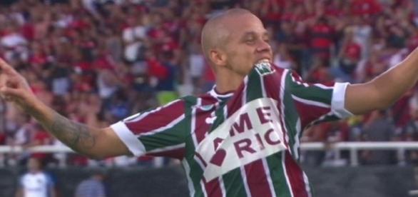 Marcos Júnior converte seu pênalti e garante título da Taça GB ao Fluminense (Foto: Globoesporte)