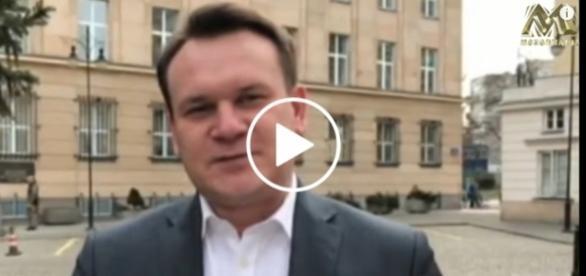 Poseł Prawa i Sprawiedliwości Dominik Tarczyński wykpił posłankę Wielgus.