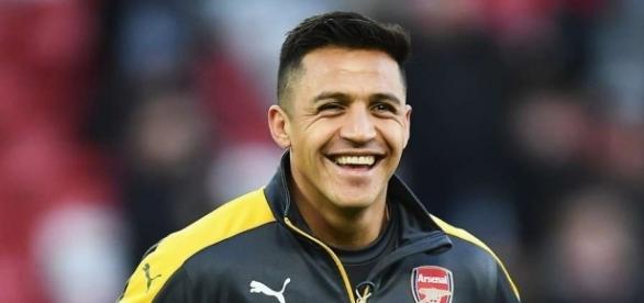 Alexis Sanchez's behaviour on the bench vs Liverpool angers ... - givemesport.com