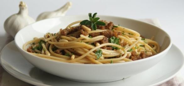carbonara alle verdure miste croccanti - giallozafferano.it