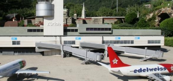Ein Flughafen darf natürlich nicht fehlen.