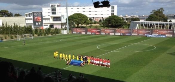 O SL Benfica joga os quartos-de-final da UEFA Youth League