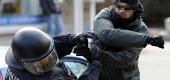 Polizei: Gewalt gegen Beamte in Südniedersachsen nimmt zu | Göttingen - hna.de