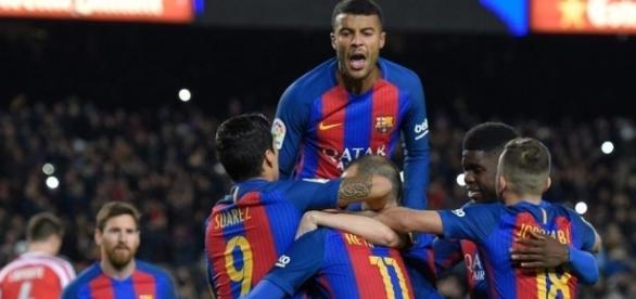 Barcelona ganha de 6 a 1 do PSG e se classifica na Champions