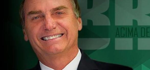 Bolsonaro aparece em boa posição nas pesquisas de intenção de voto